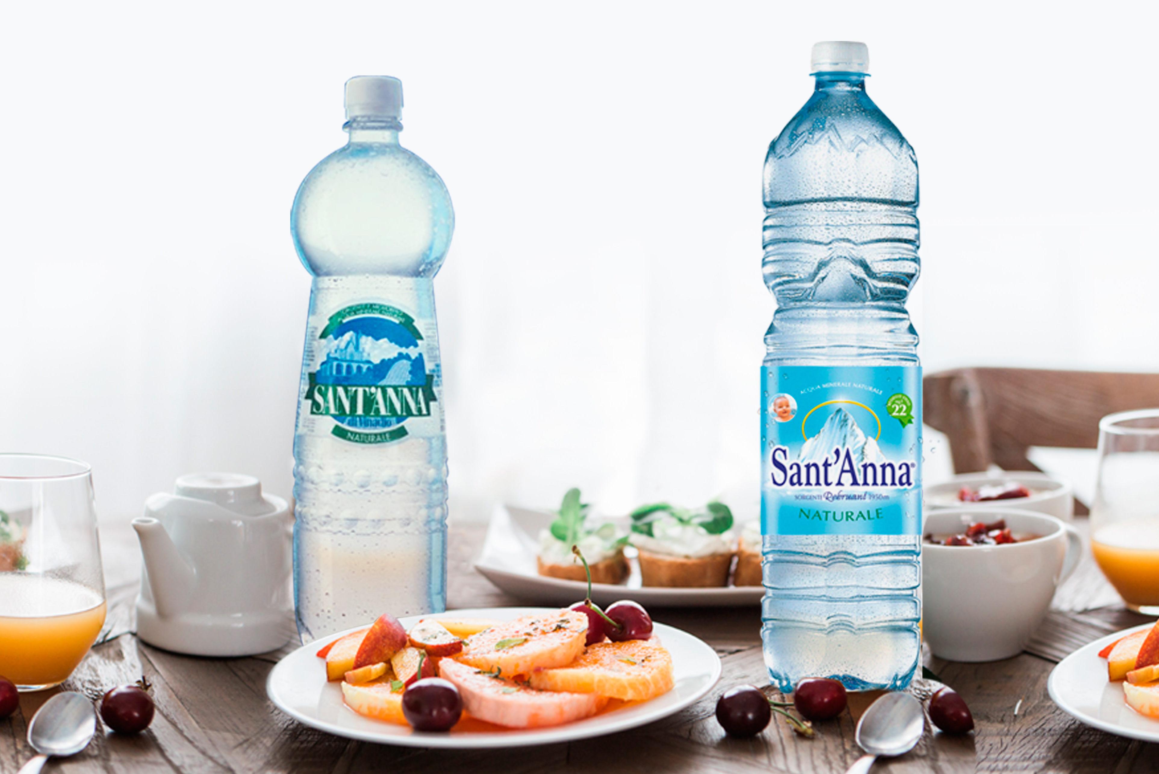 Acqua Sant'Anna minerale naturale in bottiglia